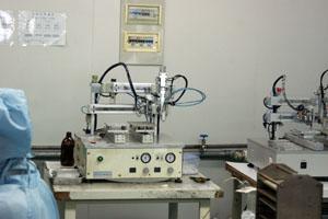 石英晶体自动点胶机